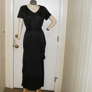 NWOT Short Sleeve Black Maxi Dress Sz  Med